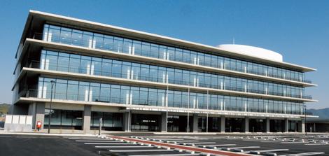 新庁舎全景写真