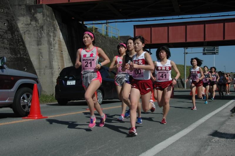 マラソン途中_女子10km2